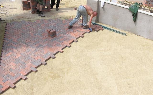 Priprava tal za tlakovanje